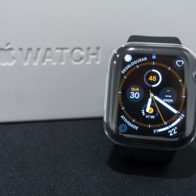 Unboxing Apple Watch Series 5