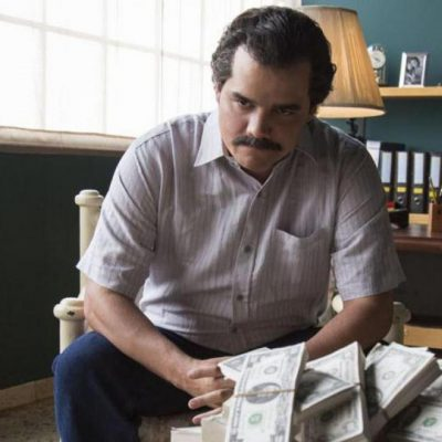 Narcos (review)