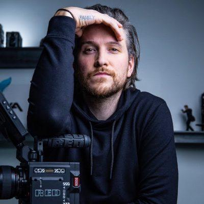 """Just a YouTuber"" – McKinnon"
